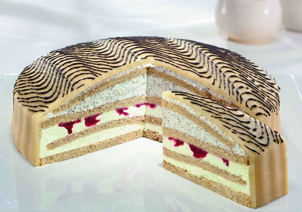 Tk Pistazien Mohn Sahne Torte 28 Cm 2250g Pfalzgraf Ungeschnitten